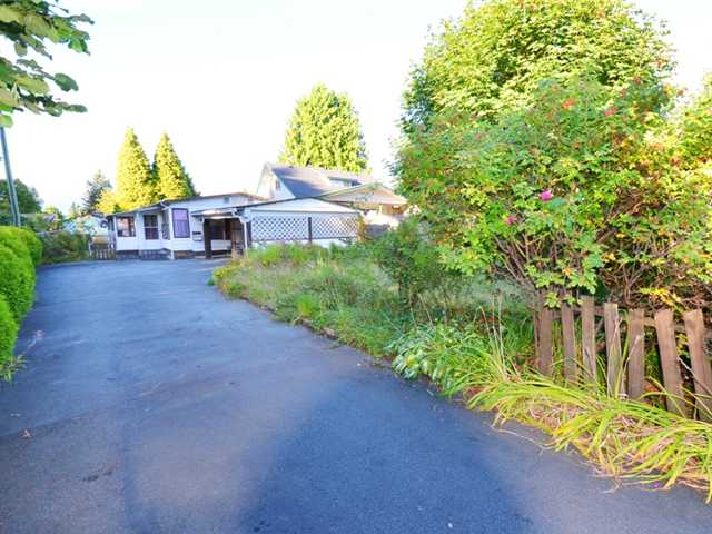 Main Photo: 21821 124TH Avenue in Maple Ridge: West Central Manufactured Home for sale : MLS® # V971060