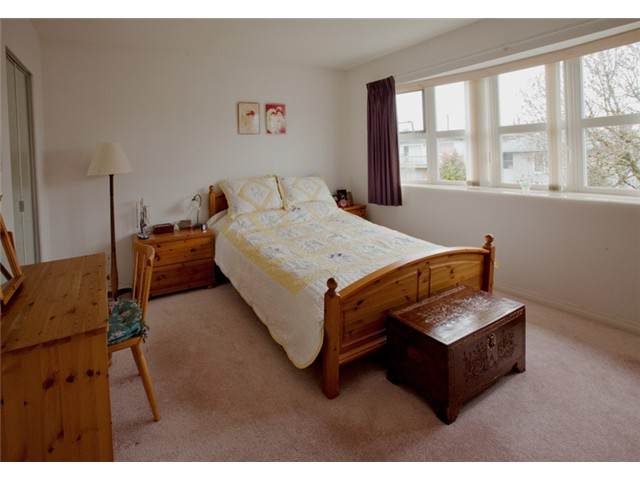 Photo 7: 4968 SOMERVILLE ST in Vancouver: Fraser VE House for sale (Vancouver East)  : MLS® # V999735