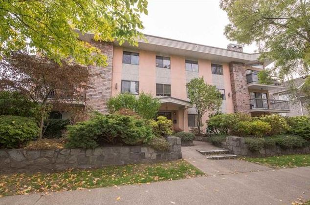 Main Photo: 104 2910 Ontario Street in : Mount Pleasant VE Condo for sale (Vancouver East)  : MLS(r) # R2001219