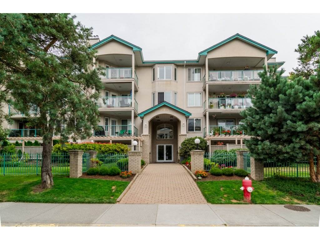 Main Photo: 209 20443 53 AVENUE in Langley: Langley City Condo for sale : MLS(r) # R2096431