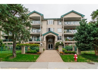 Main Photo: 209 20443 53 AVENUE in Langley: Langley City Condo for sale : MLS® # R2096431