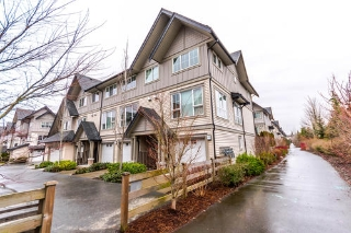 Main Photo: 201 2501 161A Street in Surrey: White Rock Townhouse for sale : MLS®# R2141393