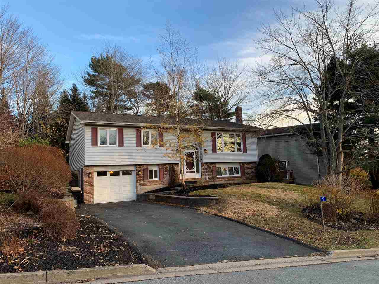 FEATURED LISTING: 9 Kennedy Court Bedford