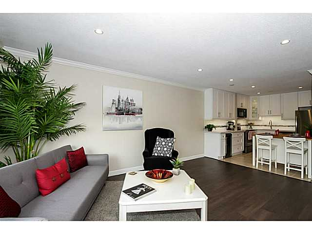 Main Photo: # 305 1877 W 5TH AV in Vancouver: Kitsilano Condo for sale (Vancouver West)  : MLS® # V1079859