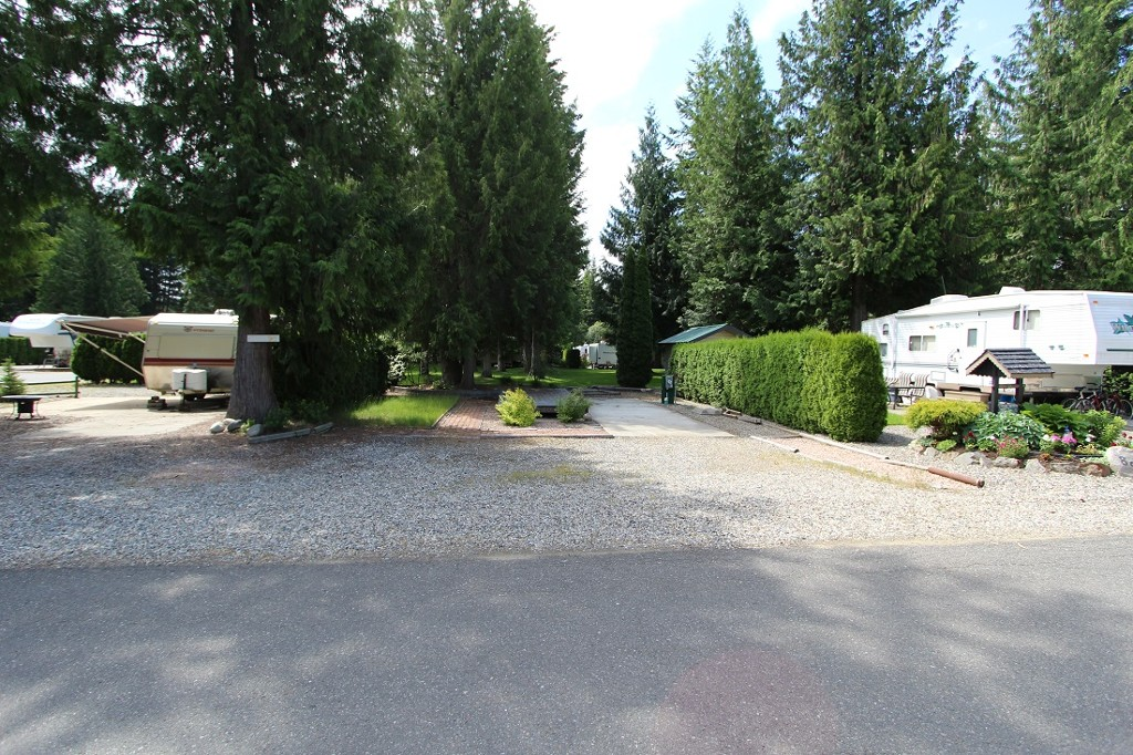 Main Photo: 90 3980 NW Squilax Anglemont Road in Scotch Creek: North Shuswap Recreational for sale (Shuswap)  : MLS® # 10118196