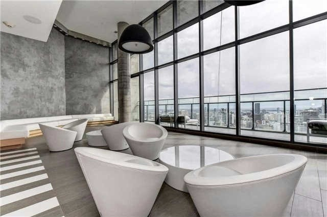 Photo 18: 45 Charles St E Unit #4210 in Toronto: Church-Yonge Corridor Condo for sale (Toronto C08)  : MLS(r) # C3662208