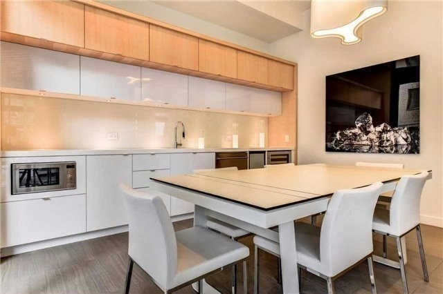 Photo 13: 45 Charles St E Unit #4210 in Toronto: Church-Yonge Corridor Condo for sale (Toronto C08)  : MLS(r) # C3662208