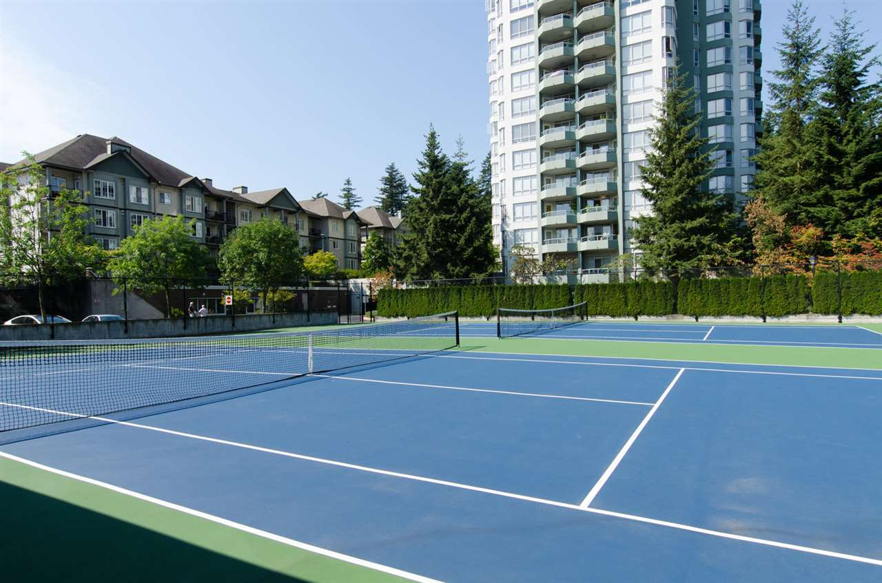Photo 15: 1101 10082 148TH STREET in Surrey: Guildford Condo for sale (North Surrey)  : MLS(r) # R2153457
