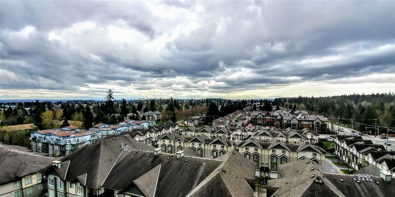 Photo 3: 1101 10082 148TH STREET in Surrey: Guildford Condo for sale (North Surrey)  : MLS(r) # R2153457