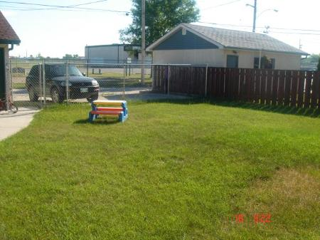 Photo 18: 361 SOUTHALL Drive in Winnipeg: Residential for sale (Canada)  : MLS(r) # 1114484