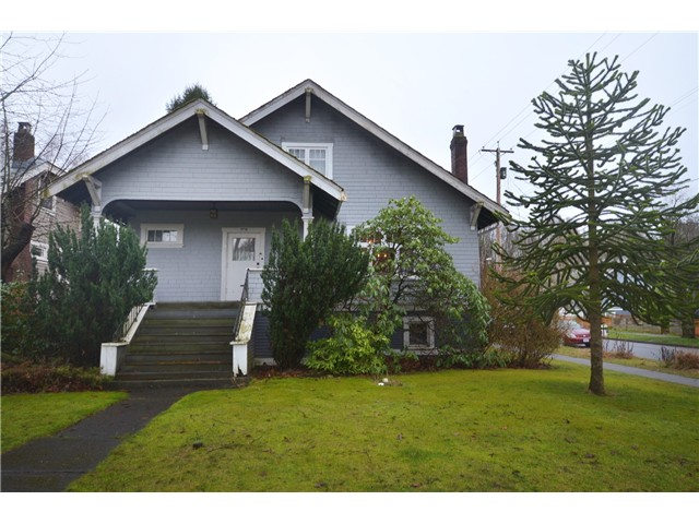 "Main Photo: 1010 E 21ST Avenue in Vancouver: Fraser VE House for sale in ""CEDAR COTTAGE"" (Vancouver East)  : MLS(r) # V988723"