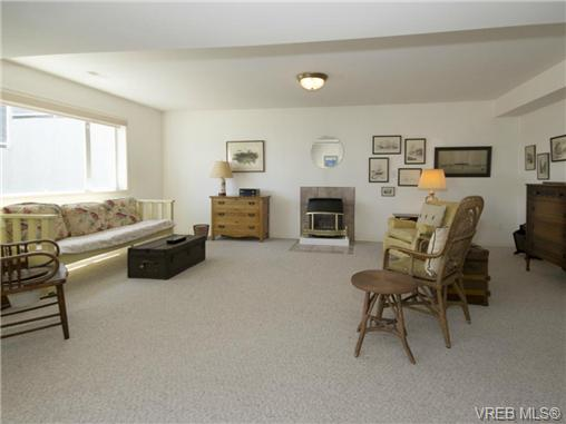 Photo 17: 10311 Resthaven Drive in SIDNEY: SI Sidney North-East Residential for sale (Sidney)  : MLS(r) # 339079