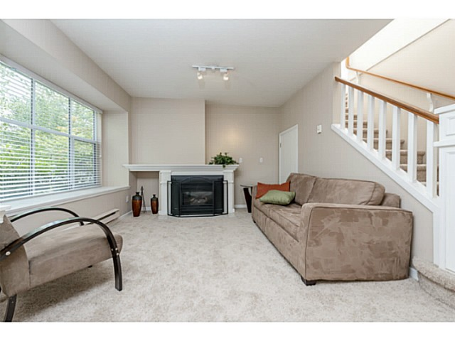 Photo 5: # 6 12099 237TH ST in Maple Ridge: East Central Condo for sale : MLS® # V1079455