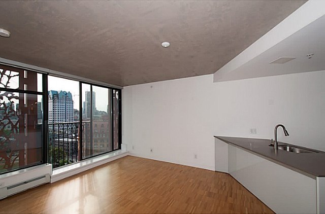 Main Photo: 2109 128 W CORDOVA Street in Vancouver: Downtown VW Condo for sale (Vancouver West)  : MLS® # V107991