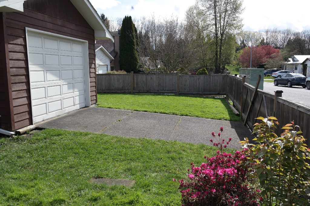 Photo 5: 45590 Bernard Avenue in Chilliwack: Chilliwack E Young-Yale House for sale : MLS® # H2151237