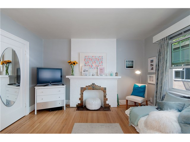 Photo 5: # 303 1545 W 13TH AV in Vancouver: Fairview VW Condo for sale (Vancouver West)  : MLS® # V1138408