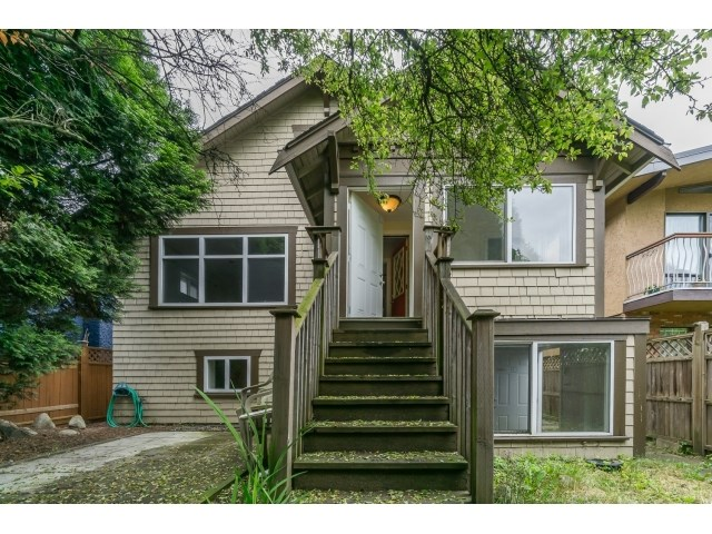 Main Photo: 2165 E 1ST AVENUE in Vancouver: Grandview VE House for sale (Vancouver East)  : MLS® # R2067237