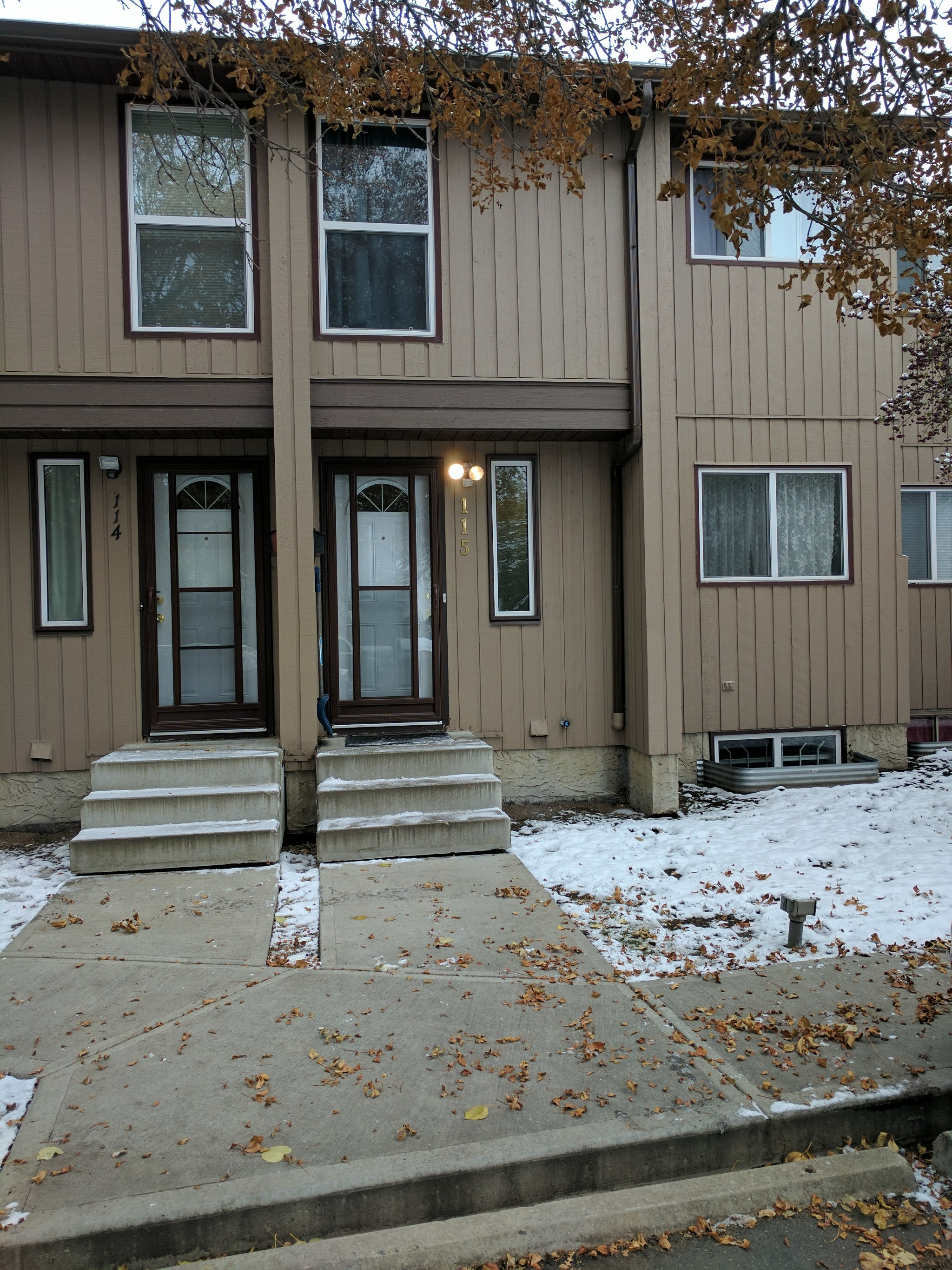 Main Photo: 115, 10633 - 31 Ave in Edmonton: Townhouse for rent