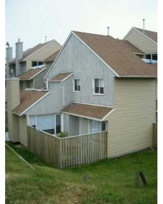 Main Photo:  in CALGARY: Glamorgan Townhouse for sale (Calgary)  : MLS(r) # C3230932
