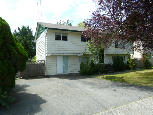 Main Photo:  in Langley City: Home for sale : MLS® # F1116847