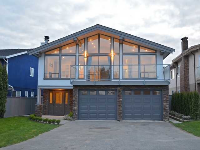 Main Photo: 672 CHAPMAN AV in Coquitlam: Coquitlam West House for sale : MLS® # V1115223