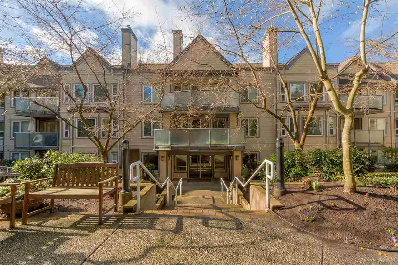 Main Photo: 201 6707 SOUTHPOINT DRIVE in Burnaby: South Slope Condo for sale (Burnaby South)  : MLS® # R2037304