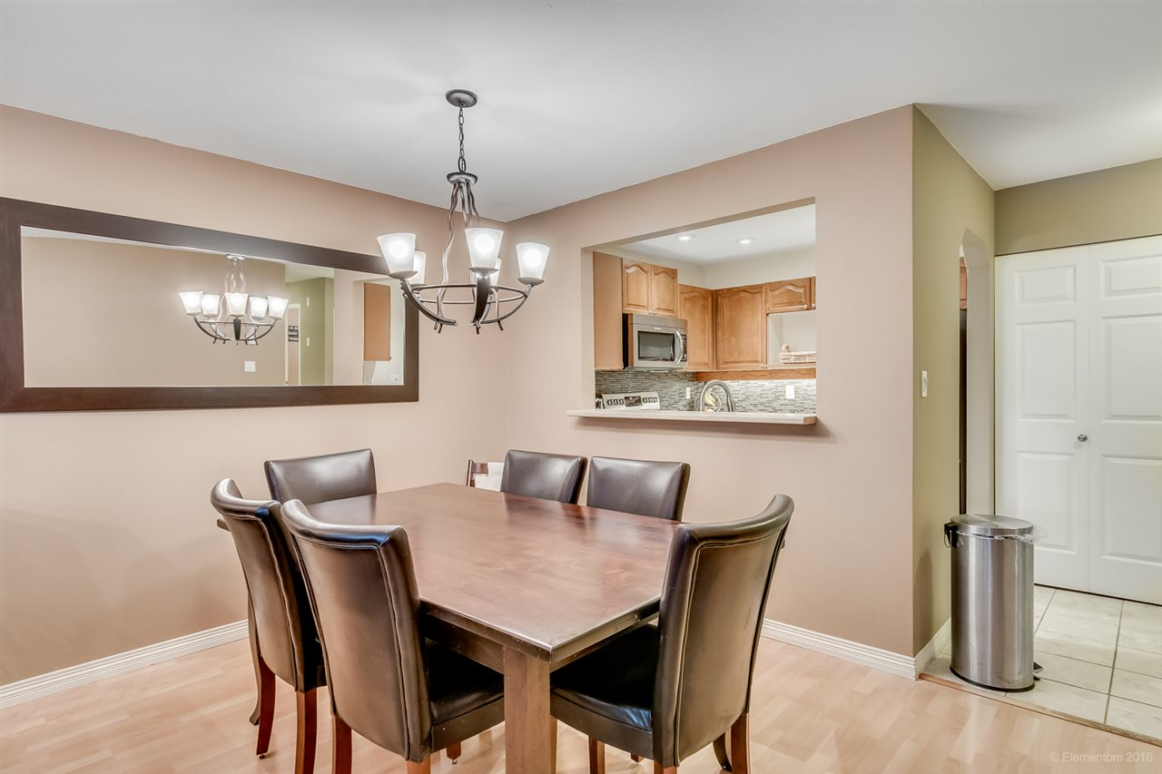 Photo 3: 201 6707 SOUTHPOINT DRIVE in Burnaby: South Slope Condo for sale (Burnaby South)  : MLS® # R2037304