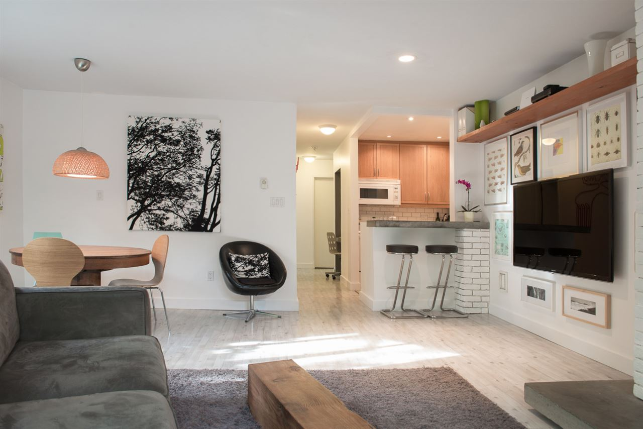 Photo 8: 110 555 W 14TH AVENUE in Vancouver: Fairview VW Condo for sale (Vancouver West)  : MLS® # R2059901