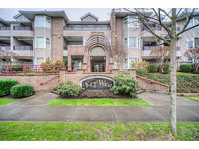Main Photo: 308 1999 SUFFOLK AV. Avenue in Port Coquitlam: Glenwood PQ Condo  : MLS® # V1101485