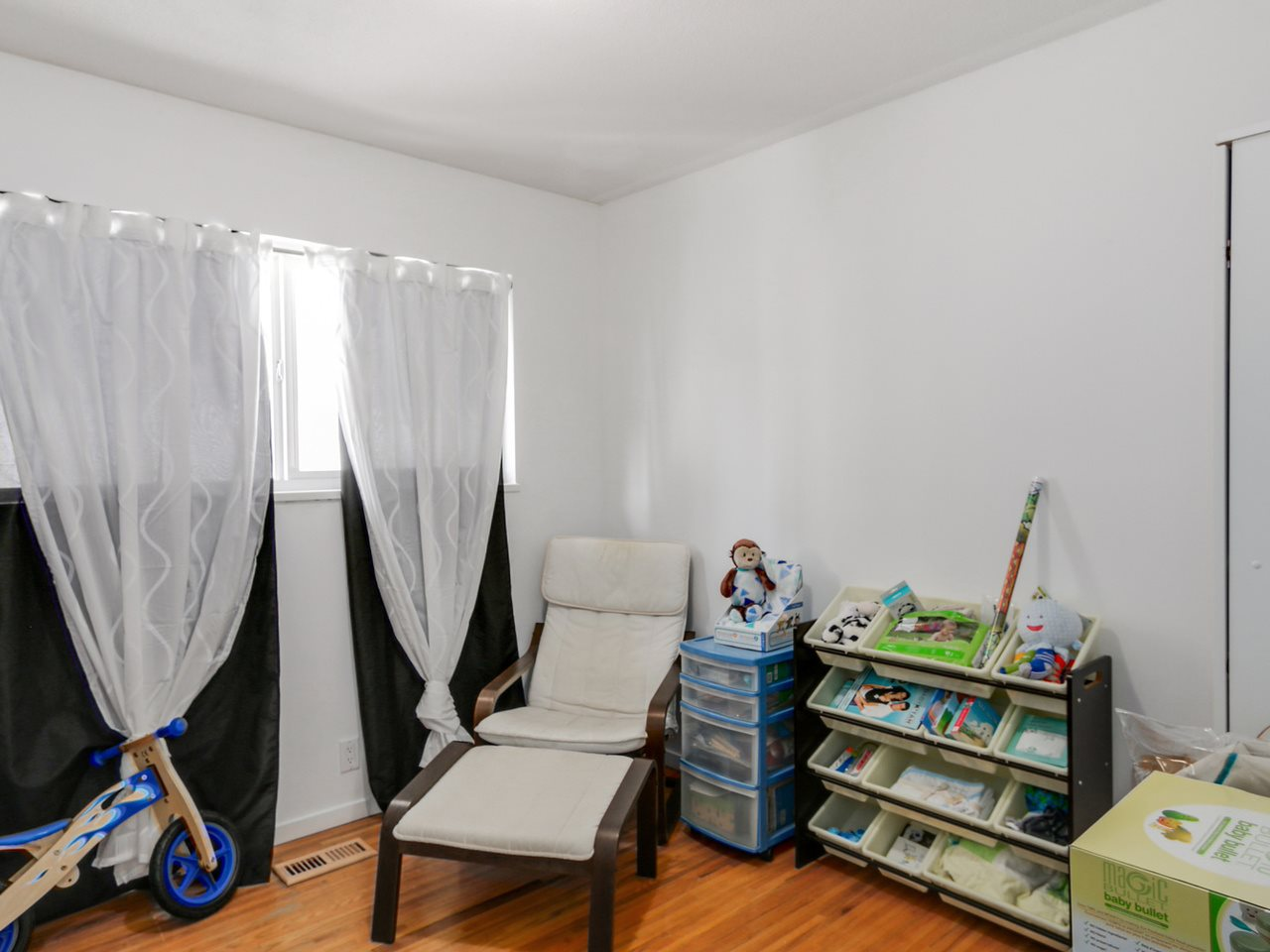 Photo 11: 2542 E 28TH AVENUE in Vancouver: Collingwood VE House for sale (Vancouver East)  : MLS® # R2052154