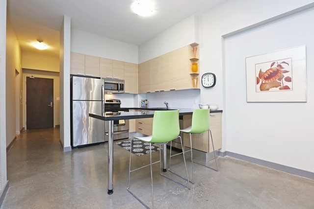 Photo 8: 625 Queen St E Unit #105 in Toronto: South Riverdale Condo for sale (Toronto E01)  : MLS(r) # E3581804