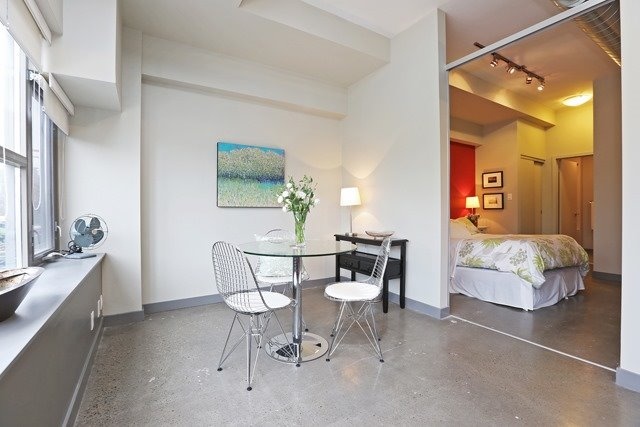 Photo 13: 625 Queen St E Unit #105 in Toronto: South Riverdale Condo for sale (Toronto E01)  : MLS(r) # E3581804