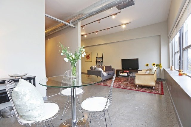 Photo 15: 625 Queen St E Unit #105 in Toronto: South Riverdale Condo for sale (Toronto E01)  : MLS(r) # E3581804