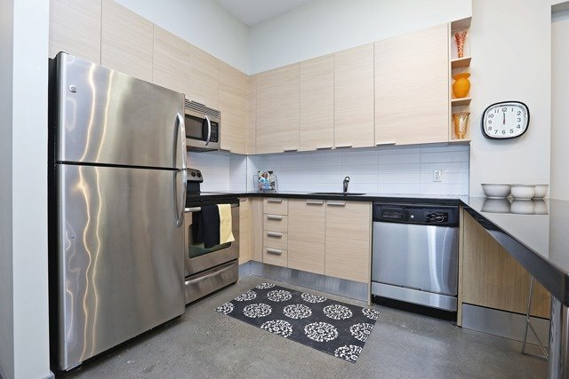 Photo 9: 625 Queen St E Unit #105 in Toronto: South Riverdale Condo for sale (Toronto E01)  : MLS(r) # E3581804