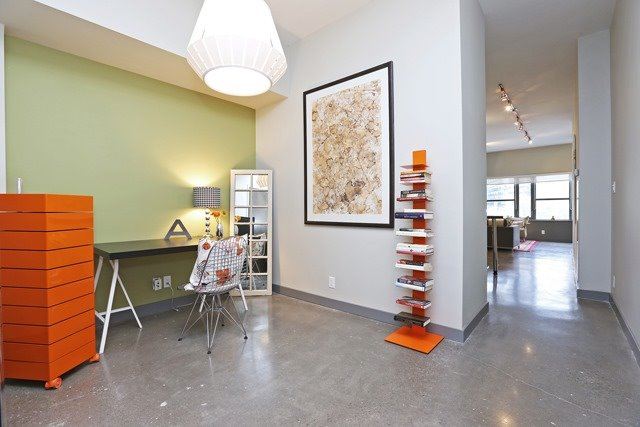 Photo 4: 625 Queen St E Unit #105 in Toronto: South Riverdale Condo for sale (Toronto E01)  : MLS(r) # E3581804