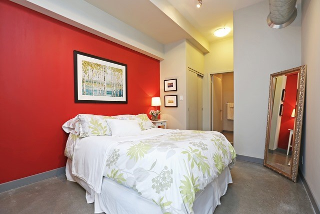 Photo 2: 625 Queen St E Unit #105 in Toronto: South Riverdale Condo for sale (Toronto E01)  : MLS(r) # E3581804