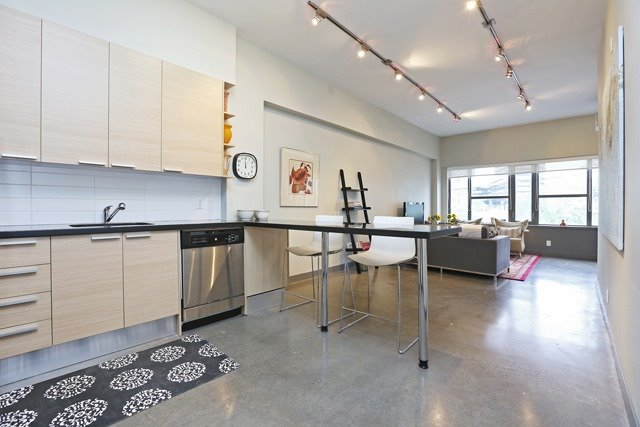 Photo 10: 625 Queen St E Unit #105 in Toronto: South Riverdale Condo for sale (Toronto E01)  : MLS(r) # E3581804