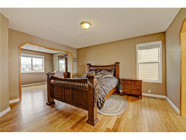 Photo 16: 101 Bridlecreek Park SW in Calgary: Bridlewood House for sale : MLS(r) # C4063316