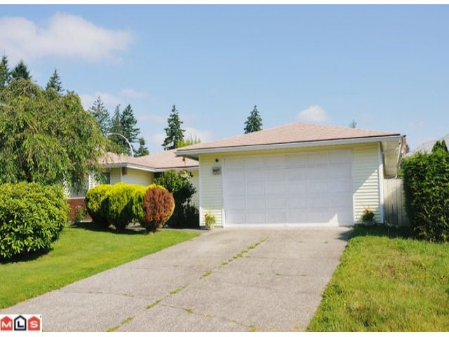 Main Photo: 16615 79A Avenue in Surrey: Fleetwood Tynehead House for sale : MLS® # F1219229