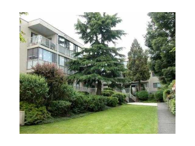 "Main Photo: 206 8040 BLUNDELL Road in Richmond: Garden City Condo for sale in ""BLUNDELL PLACE"" : MLS®# V967829"