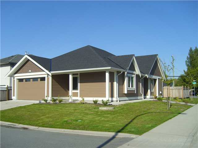 Main Photo: 23995 121ST Avenue in Maple Ridge: East Central House for sale : MLS(r) # V1003209