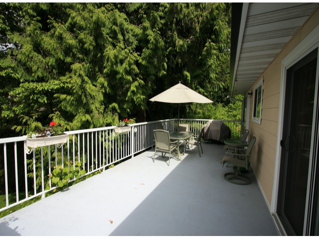 Photo 9: 9769 PRINCESS Drive in Surrey: Royal Heights House for sale (North Surrey)  : MLS® # F1312416