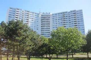 Main Photo:  in Mississauga: Mississauga Valleys Condo for sale : MLS(r) # W2650608