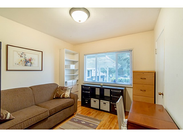 Photo 5: 6250 BUCHANAN ST in Burnaby: Parkcrest House for sale (Burnaby North)  : MLS(r) # V1065690