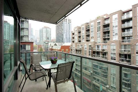 Photo 2: 333 Adelaide St E Unit #701 in Toronto: Moss Park Condo for sale (Toronto C08)  : MLS® # C2917091
