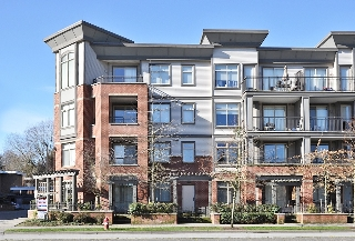 "Main Photo: 218 10499 UNIVERSITY Drive in Surrey: Whalley Condo for sale in ""D'Cor"" (North Surrey)  : MLS(r) # F1303822"