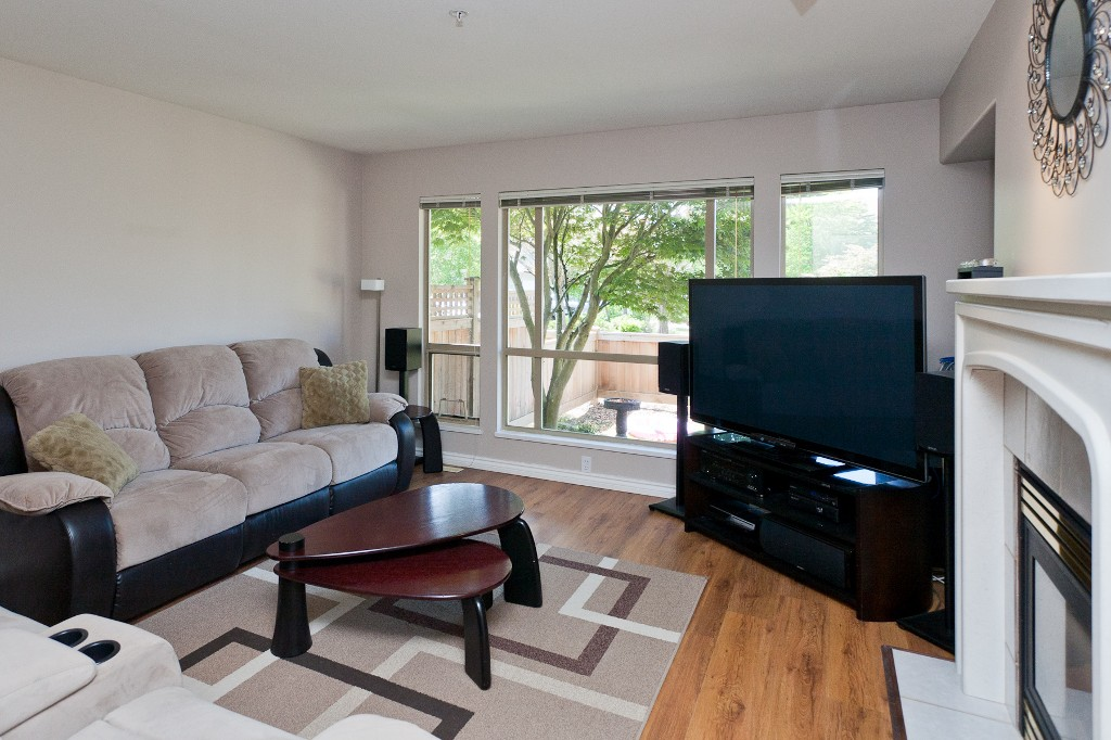 "Photo 4: # 58 1255 RIVERSIDE DR in Port Coquitlam: Riverwood Townhouse for sale in ""RIVERWOOD GREEN"" : MLS(r) # V1019194"