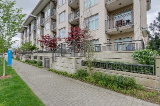 Main Photo: L107 13468 KING GEORGE BOULEVARD in Surrey: Whalley Condo for sale (North Surrey)  : MLS®# R2057919