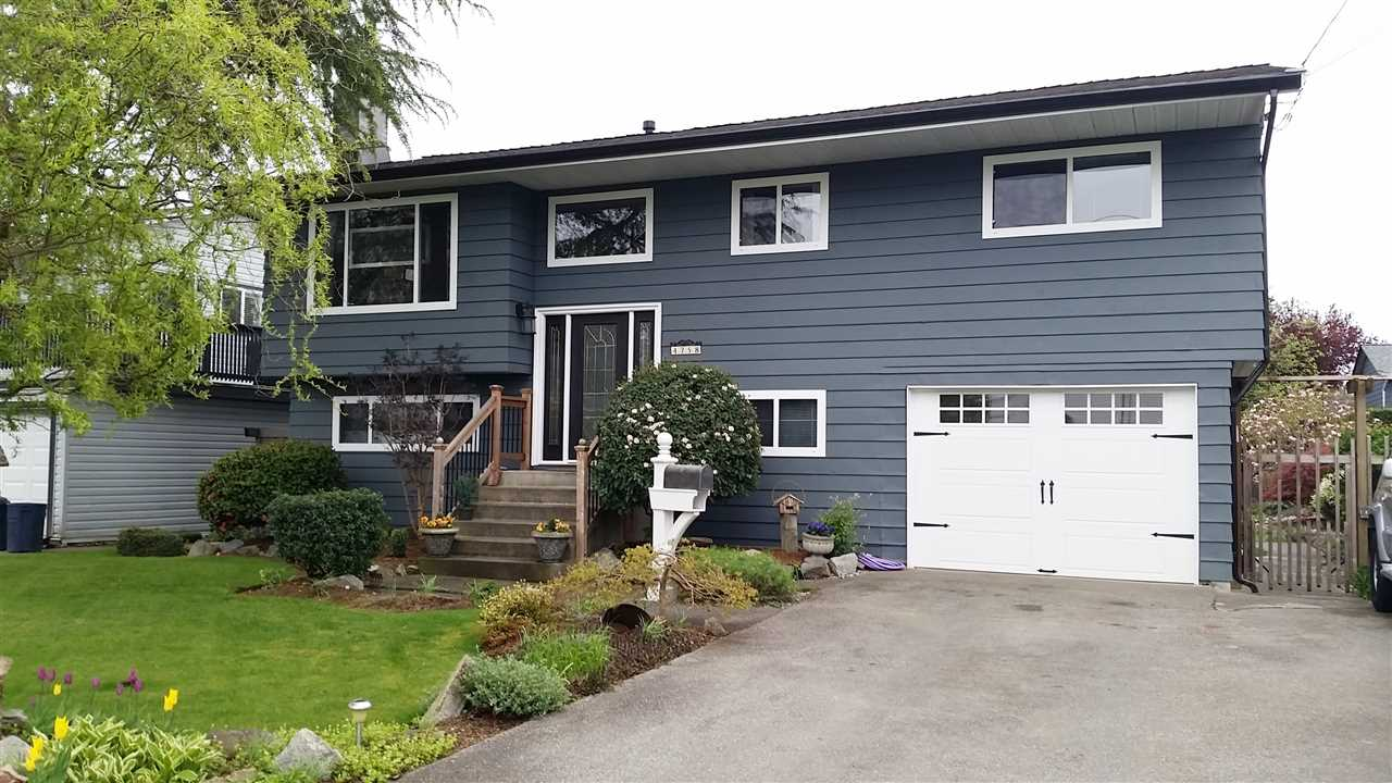 Photo 1: 4758 45 AVENUE in Delta: Ladner Elementary House for sale (Ladner)  : MLS® # R2091363