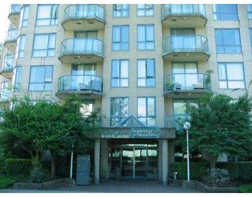 "Photo 8: 702 838 AGNES ST in New Westminster: Downtown NW Condo for sale in ""WESTMINSTER TOWER"" : MLS® # V553503"
